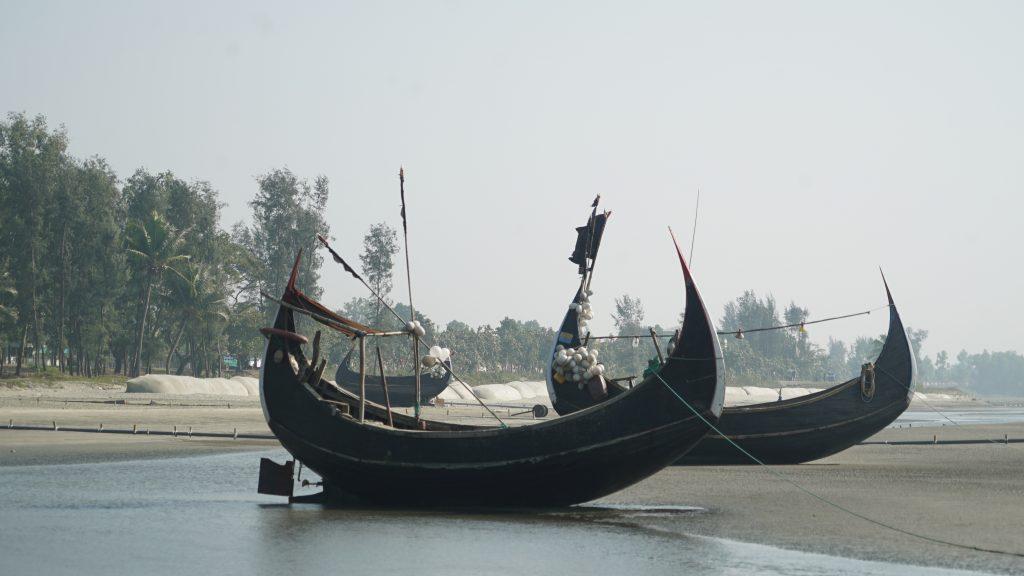 סירות דיג על חוף קוקס בזאר ,בנגלדש